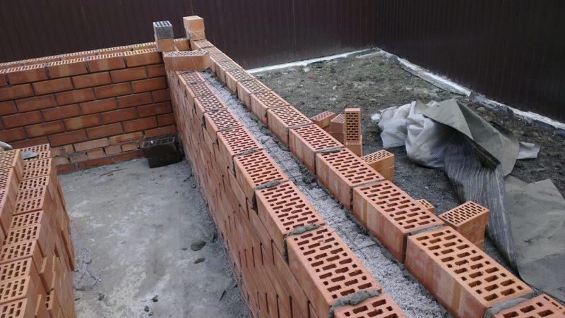 Из каких материалов строить многослойные стены?