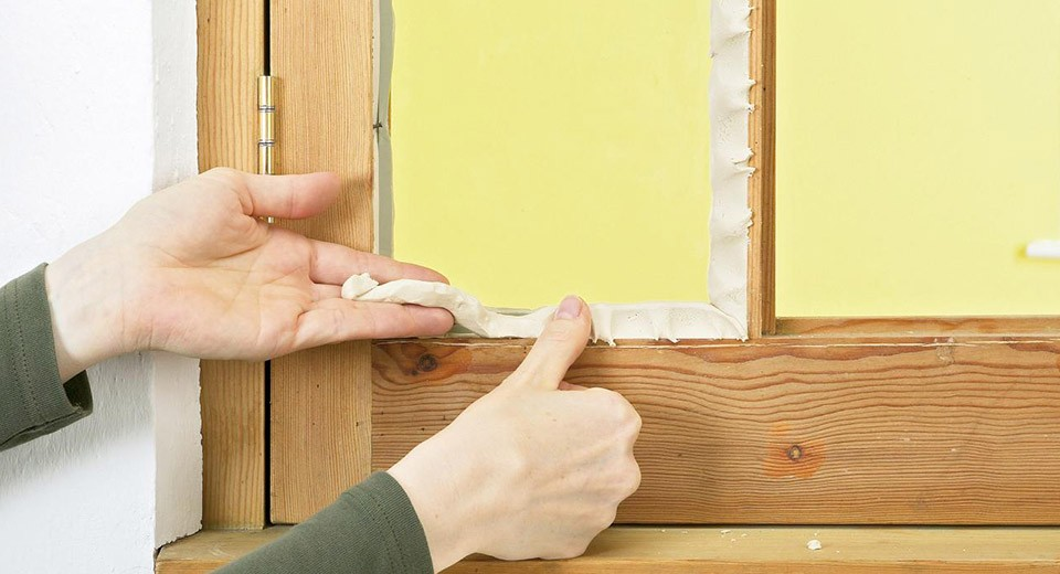 Когда деревянным окнам нужен ремонт