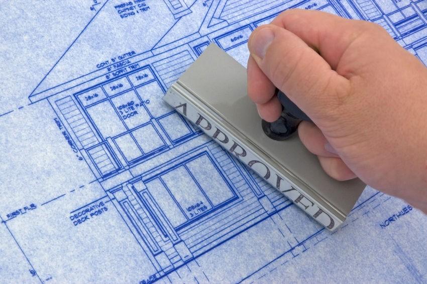 Получать разрешение на строительство частного дома или обходиться без него?