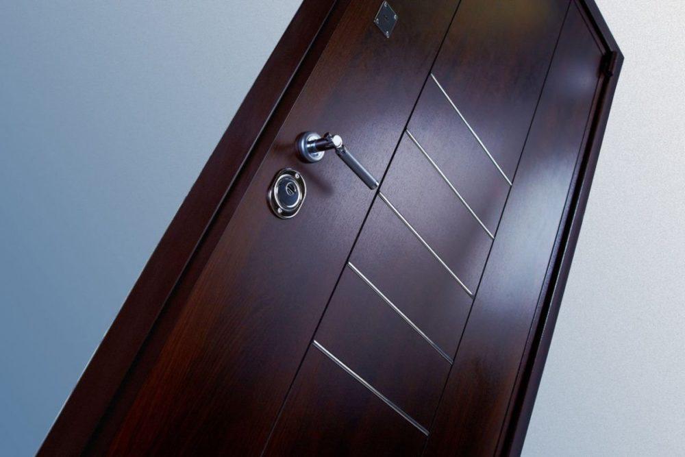 Как выбрать металлические входные двери