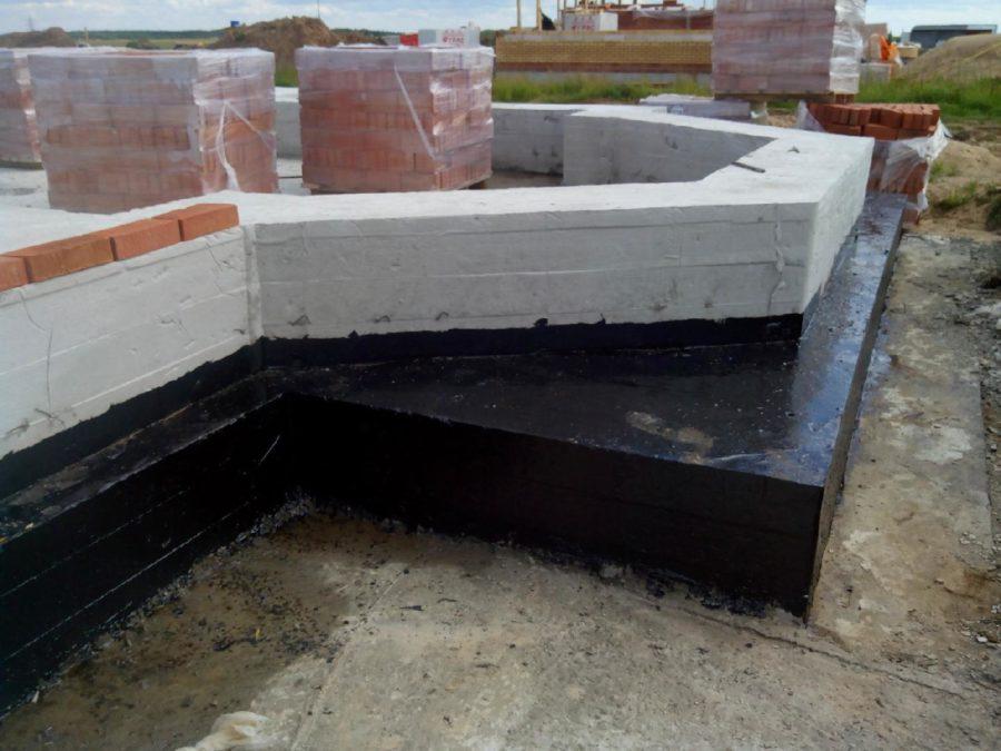 Проблемы гидроизоляции ленточных фундаментов загородных домов