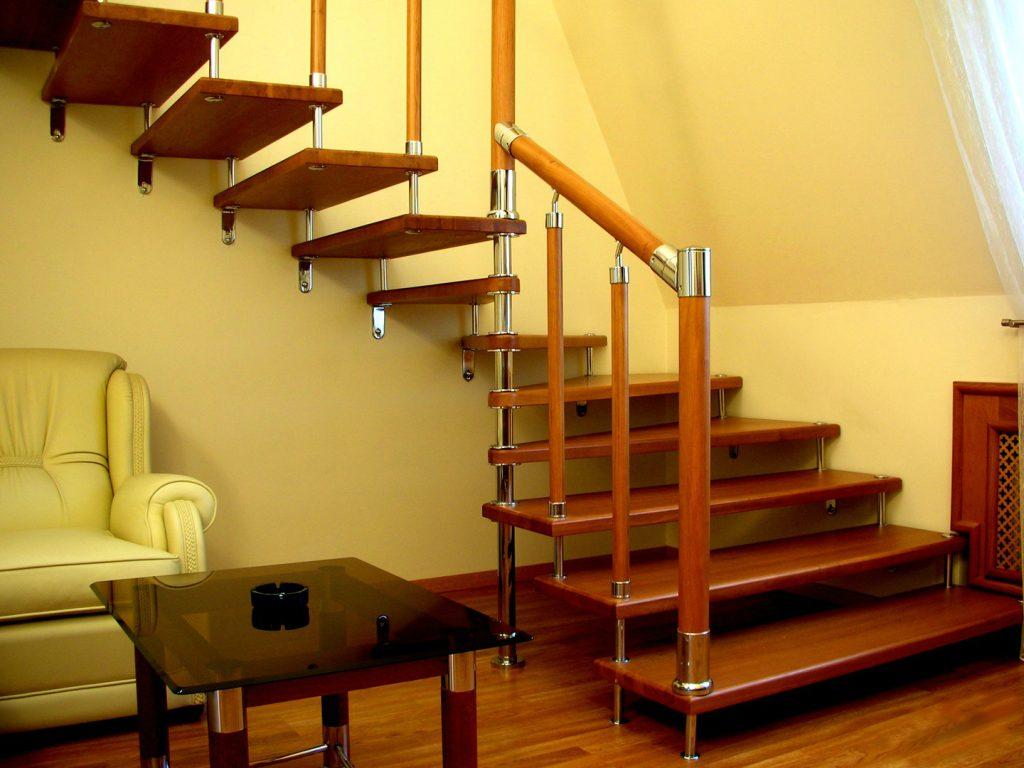 Лестницы на больцах – стильное и практичное решение