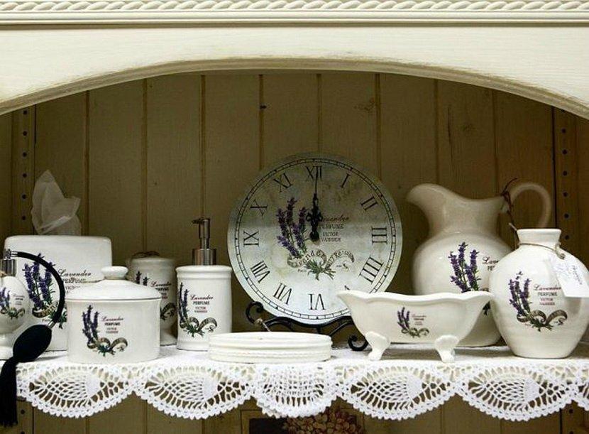 Посуда и часы для кухни. Как правильно обустроить кухню