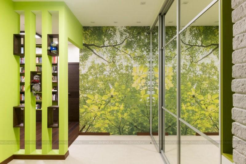 Зеленоватая прихожая — свежее решение с положительным настроением