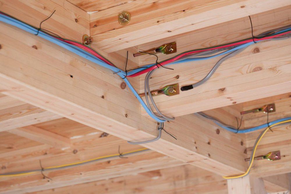 Какие кабели и провода можно использовать в домашней электропроводке