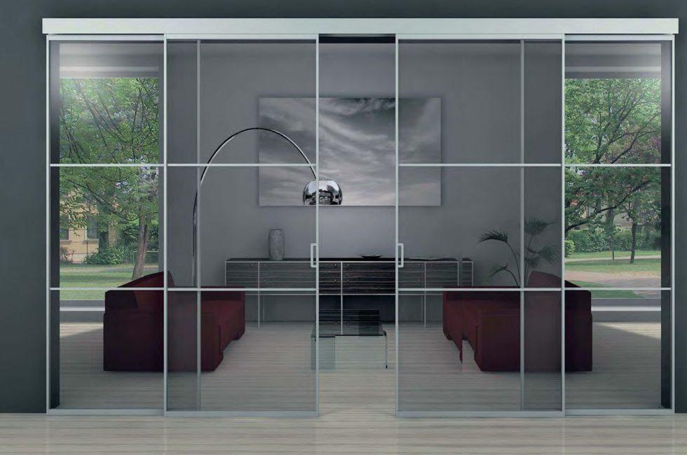 Особенности стеклянных дверей