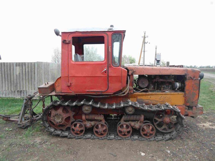 Универсальный трактор ДТ-75