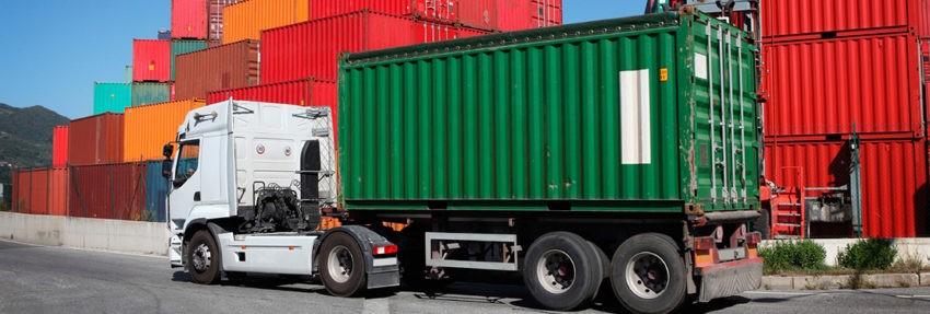 Почему удобно перевозить груз контейнером?