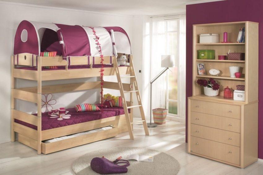 Преимущества приобретения деревянной детской мебели